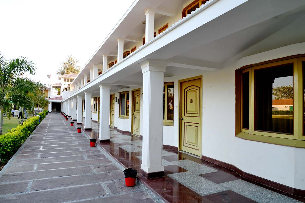 Budget Hotel Near Airport In Udaipur
