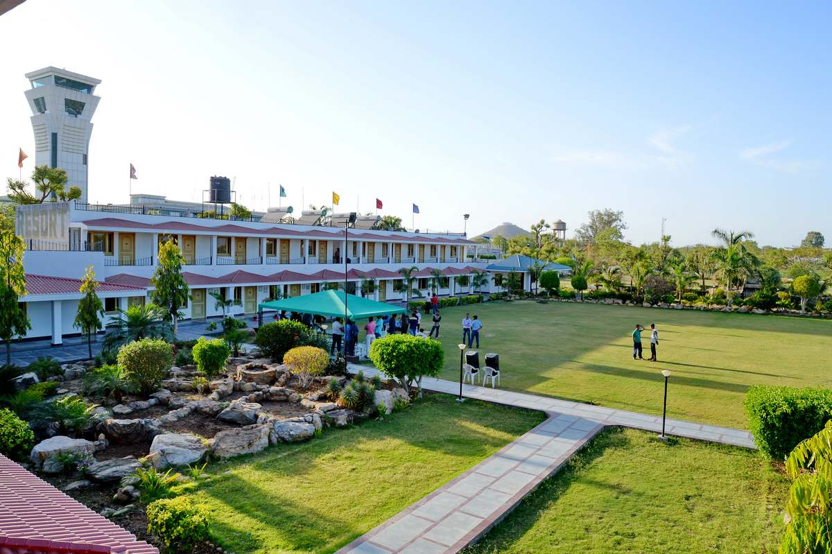 Udaipur Resorts For Party